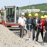 """Spatenstich für die neue Daimler-Kinderkrippe """"sternchen"""" in Mettingen"""