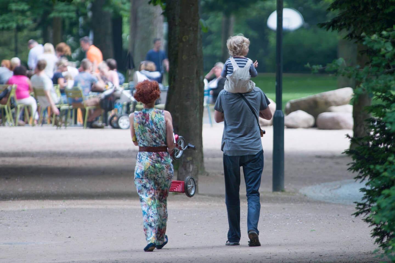 Familie | Mutter, Vater und Kind (c) Skitterphoto / pixabay.de