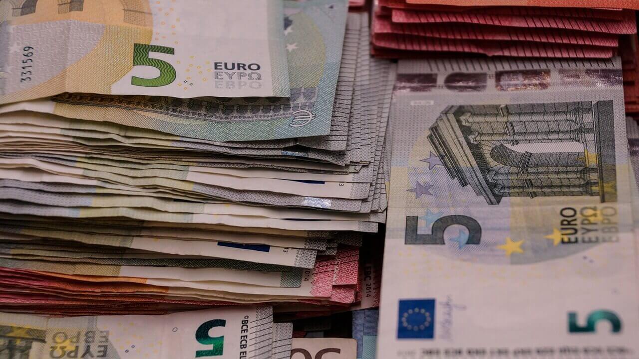Geldscheine | Finanzen (c) Taken / Pixabay.de