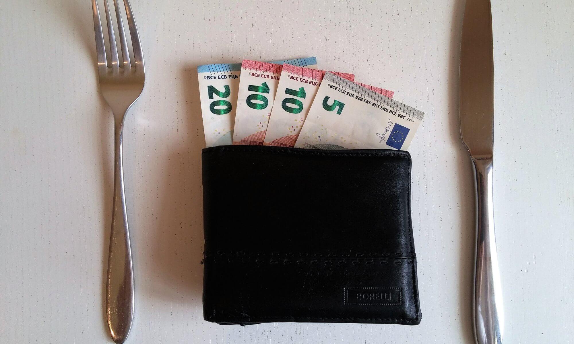 Sachbezug sind alle Einnahmen, die nicht in Geld erfolgen (c) peter-facebook / pixabay.de