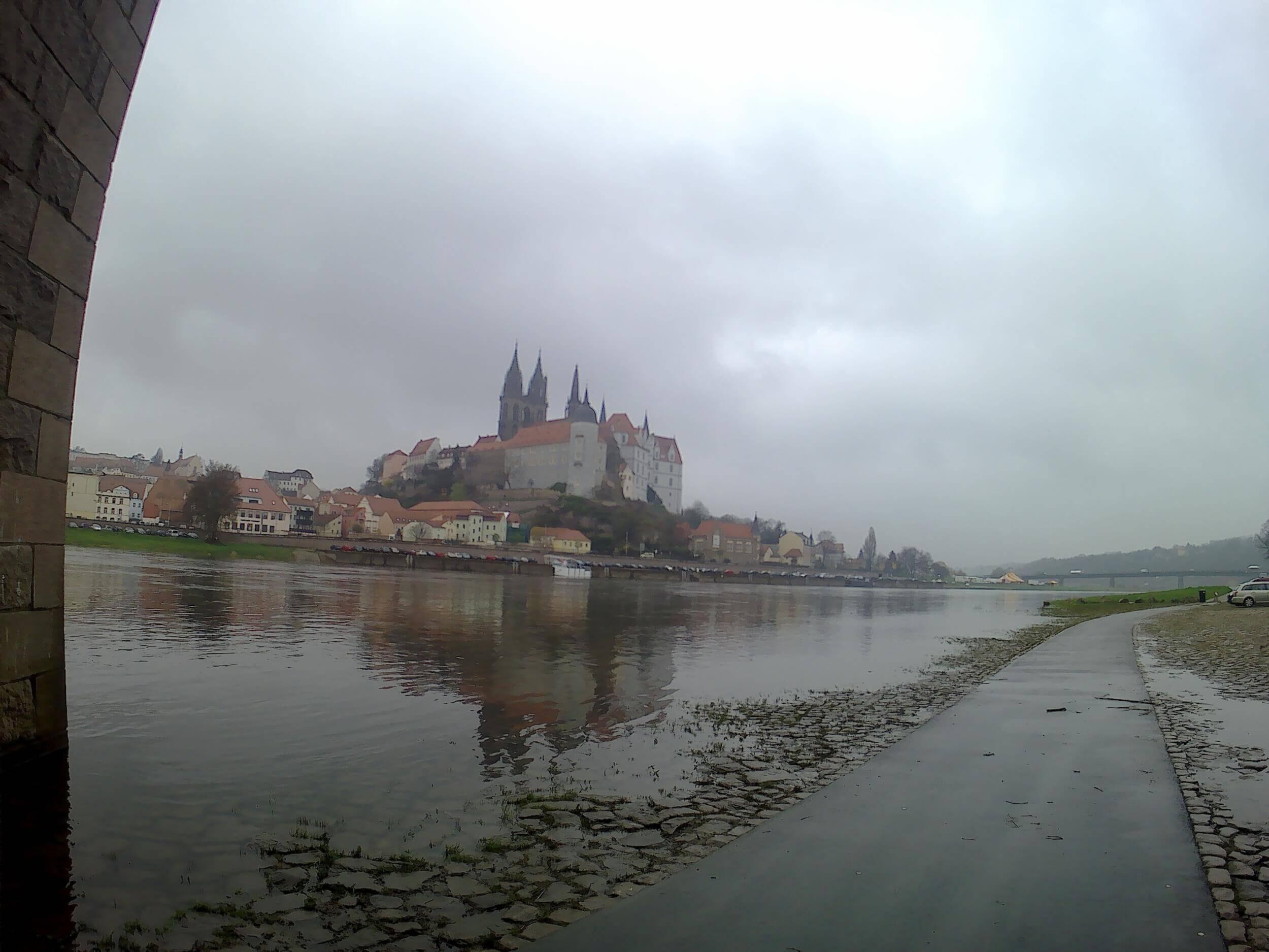 An der Elbe in Meißen (c) familienfreund.de