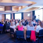 Praxisratgeber: Familienfreundlichkeit in der Unternehmenskommunikation zum Thema machen