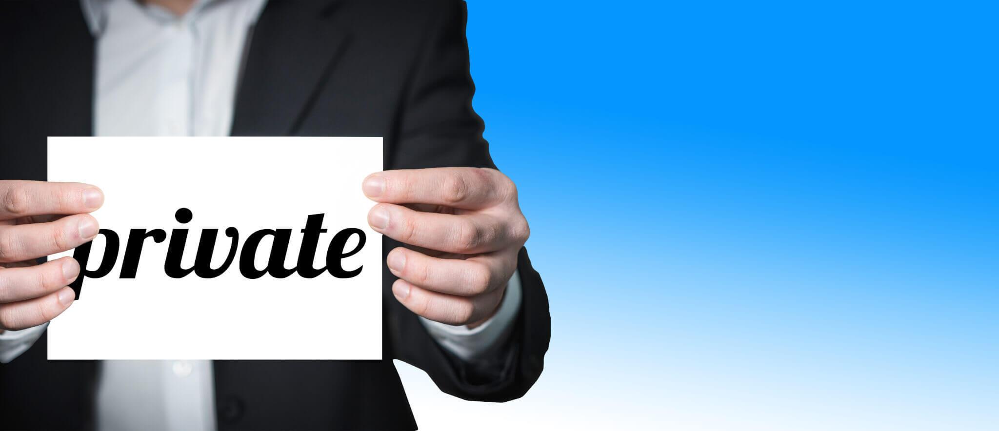 Privates am Arbeitsplatz (c) geralt / pixabay.de